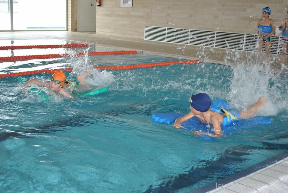 Los escolares de san vicente en la piscina climatizada - Piscina san vicente ...