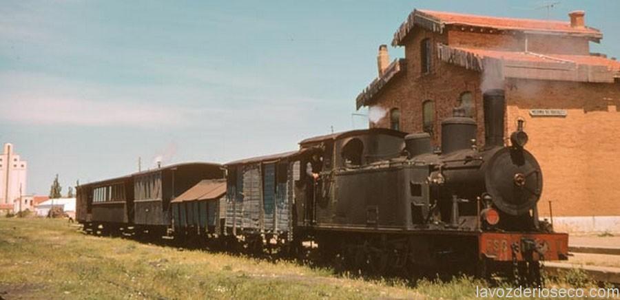 El tren en la estación de arriba. Mayo de 1965.
