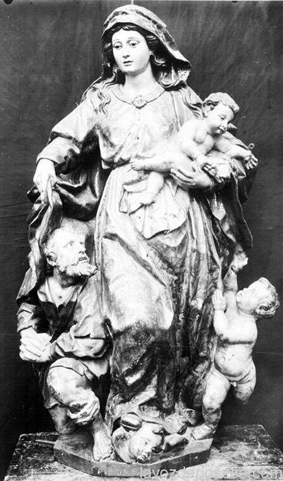 """La Virgen de la Caridad o de los Pobres, patrona del gremio de los """"hermanos del trabajo""""."""